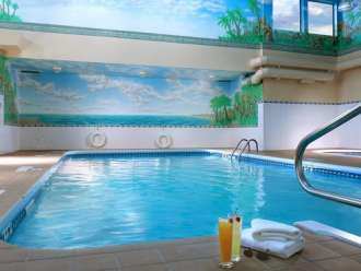 four points sheraton kamloops indoor pool